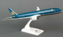 Boeing 787-9 Vietnam Airlines Resin Skymarks Desktop Model 1:200 SKR733  E